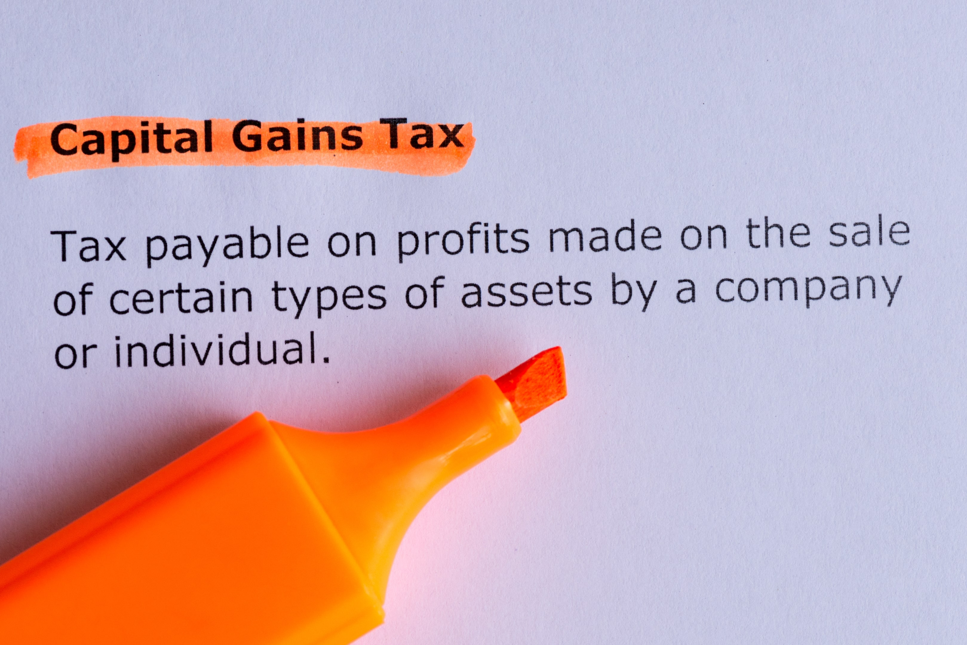 How can investors mitigate capital gains tax with the help of tax efficient schemes?